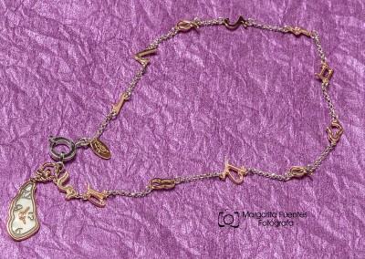 Pulsera plata con reloj de Gaudi
