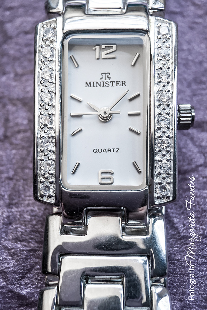 Reloj plata y circonitas