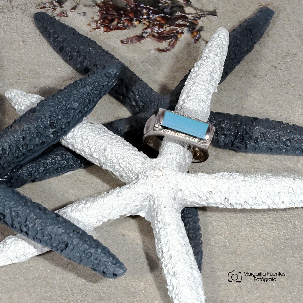 sortija turquesa con circonitas estrellas de mar azul