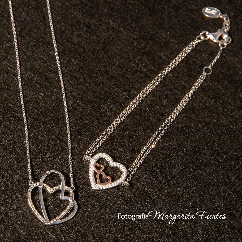 Día de los enamorados, con Amor, colgante plata con corazones entrecruzados y pulsera de plata chapada rosé con corazones de circonitas.
