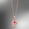 Colgante Lotus de la colección Mystic, de la gama señora, material plata con un acabado brillo y circonitas. Tiene incorporada una cadena de plata.